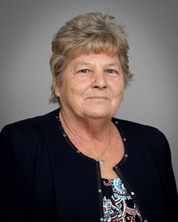 Portrait of Barb McMurray, Oakley Ward Councillor